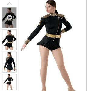 Costume : Military Inspired Captains Costume